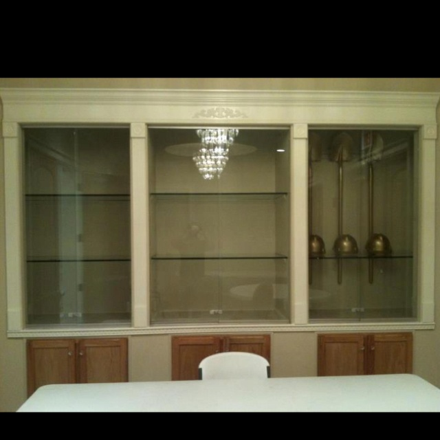 Dinning Room Built In China Cabinet With Lights Inside