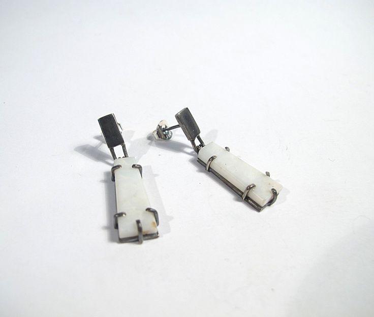 Opal earrings, Pendientes de ópalo blanco y plata de ley, Pendientes piedra natural, Pendientes blancos, Regalo para ella, White earrings de LaBEJoyeria en Etsy