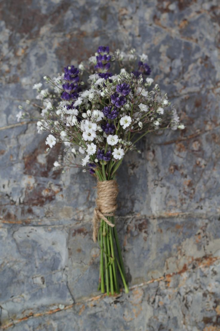 Baby's breath and lavender http://www.wanakaweddingflowers.co.nz/gallery.php