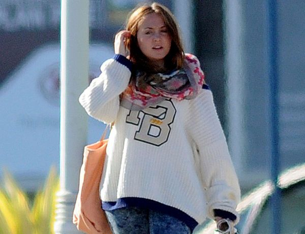 Rocío, hija de Rocío Carrasco y Antonio David, cada día más lejos de su madre. | CORAZON VIP 2