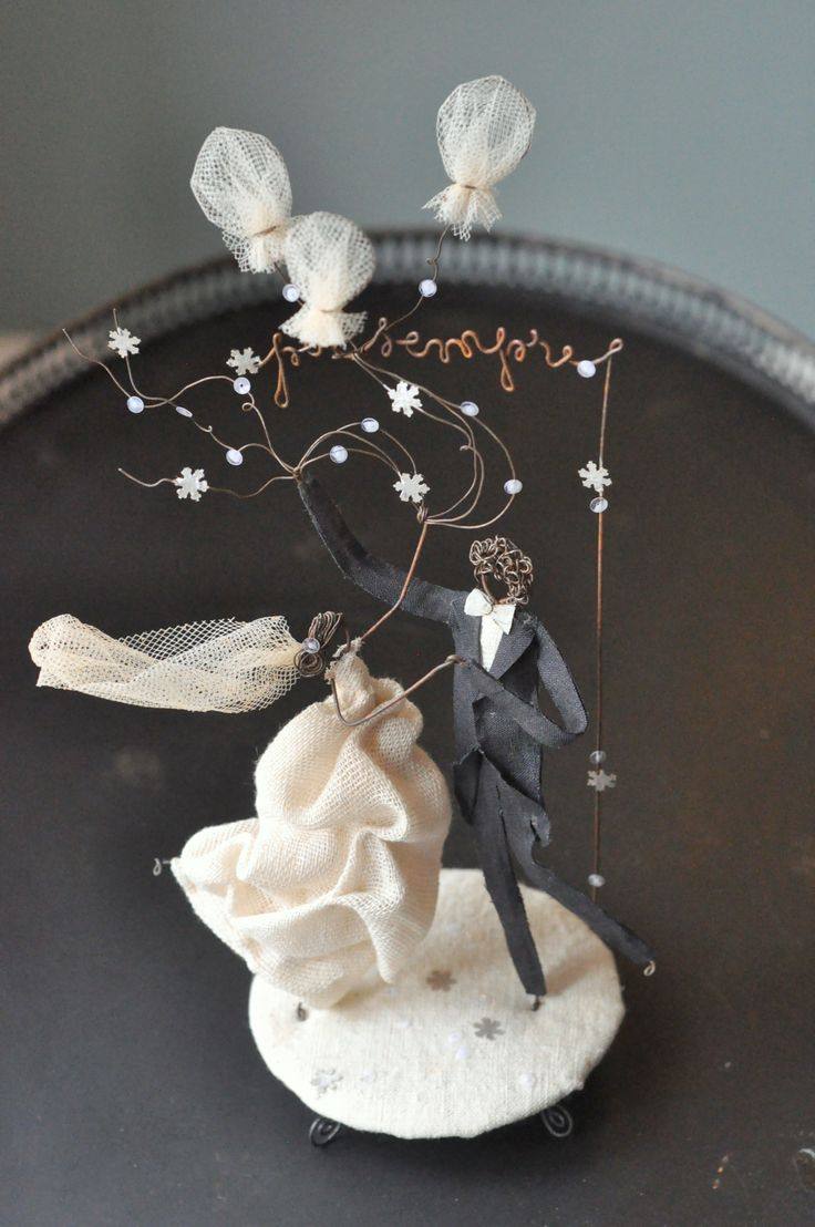 "Wedding cake topper: ""per sempre"""