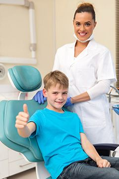 Dental insurance, payment options to cover emergency care give patients in Chicago peace of mind