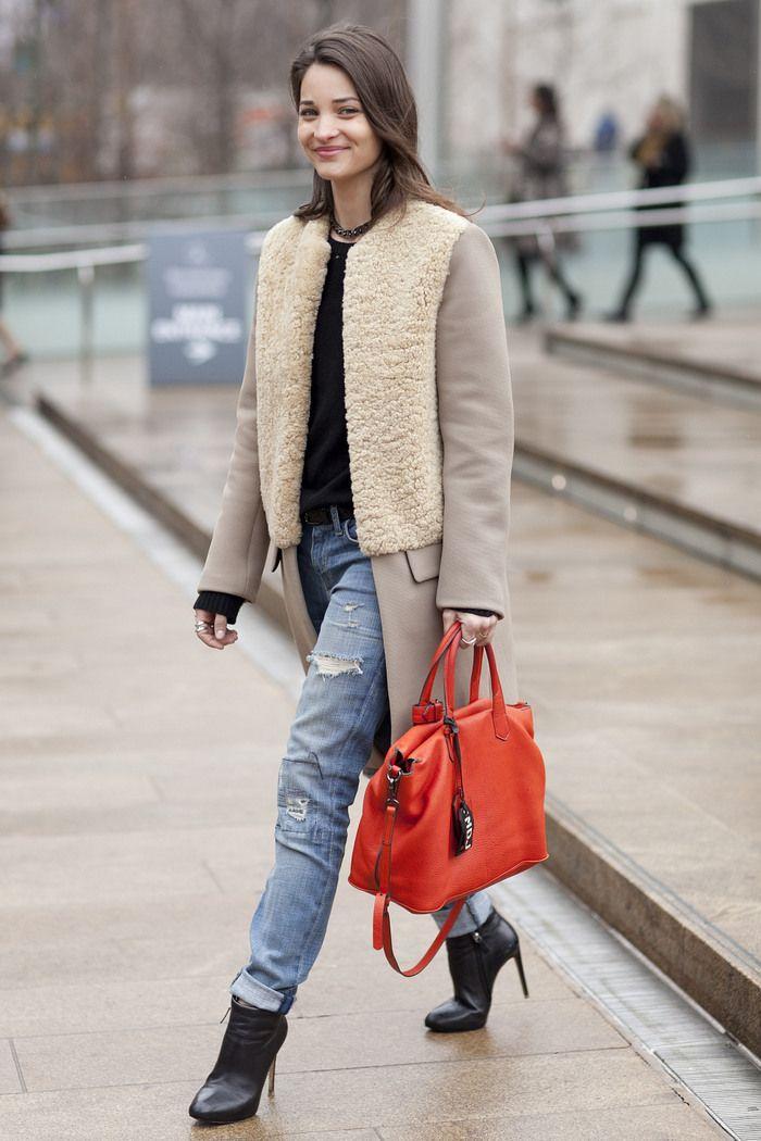 pop of ORANGE: Jacket, Boyfriend Jeans, Orange Bag, Street Style, Fashion Week, Street Styles, Bags, Coat