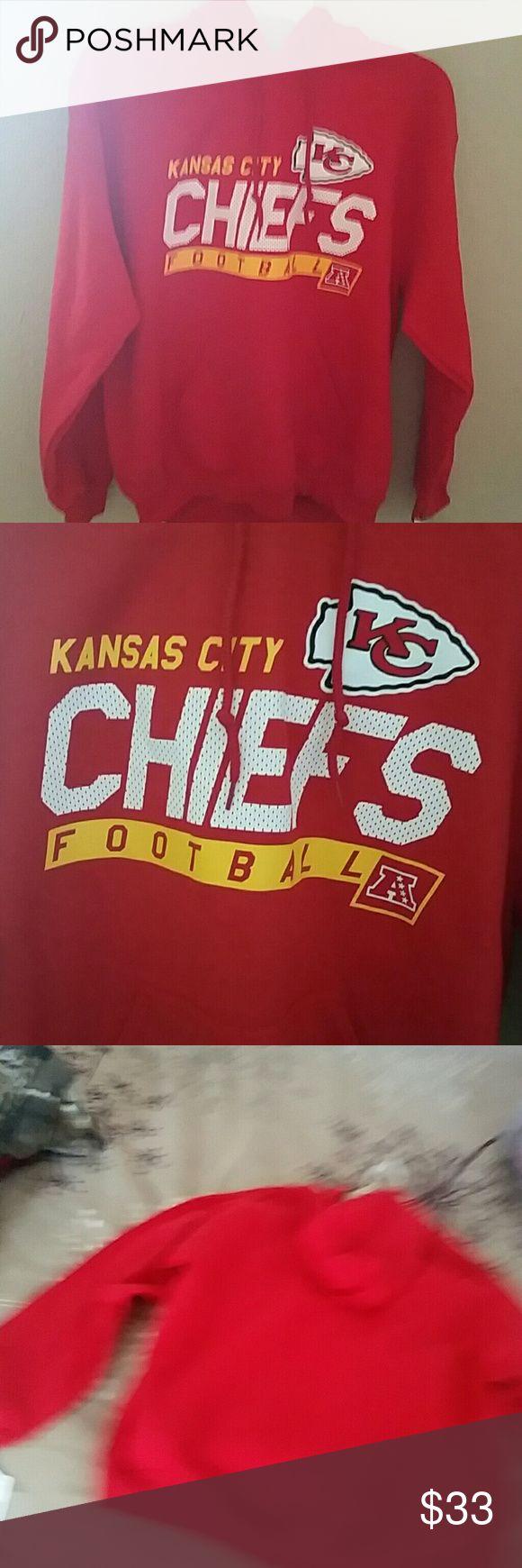 Heavyweight NFL Chiefs Hooded Sweatshirt NWT Licensed Chiefs Team Apparel Gildan Shirts Sweatshirts & Hoodies