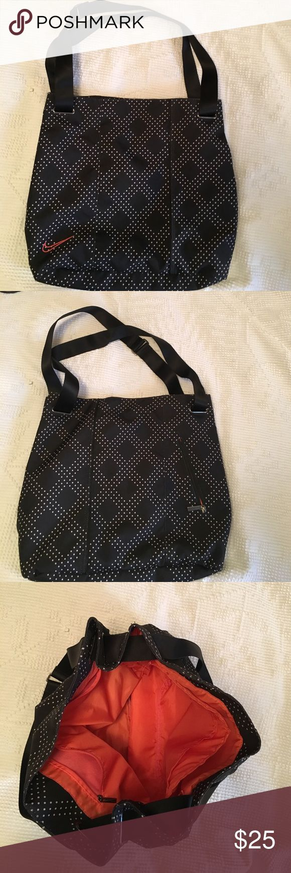 Nike bag Great Nike shoulder bag in like new condition. Has a side padded spot for your laptop. Slight tear on the inside pouch, but other then that bag is in great condition. Nike Bags Shoulder Bags