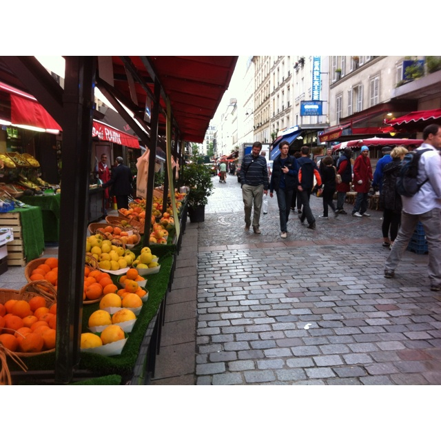 Rue cler paris france favorite adventures complete pinterest frances o 39 connor paris - La poste rue cler ...