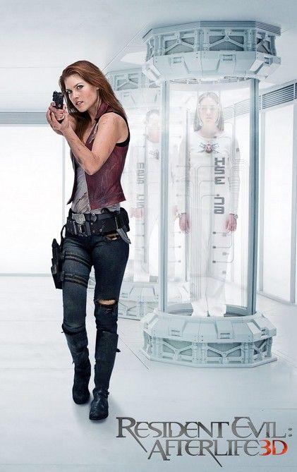 De nuevo la sexy Ali Larter como Claire Redfield...es que no veo otra actriz para esta personaje...un total acierto.