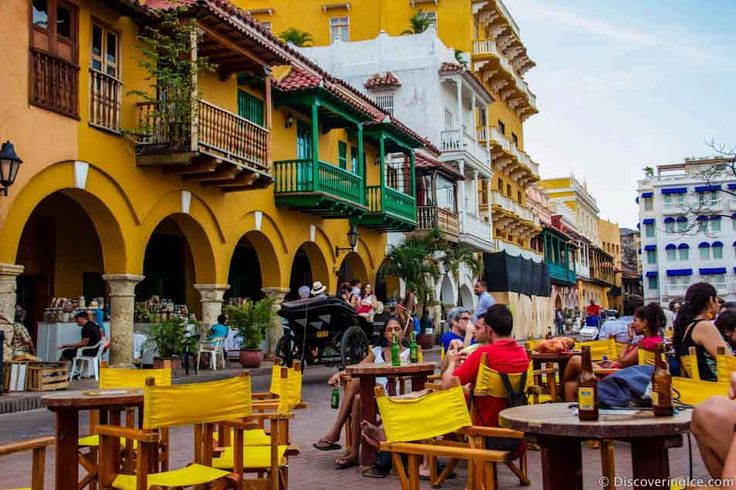 Cartagena colombia - the square in old town near the Hard Rock Cafe 12-2014