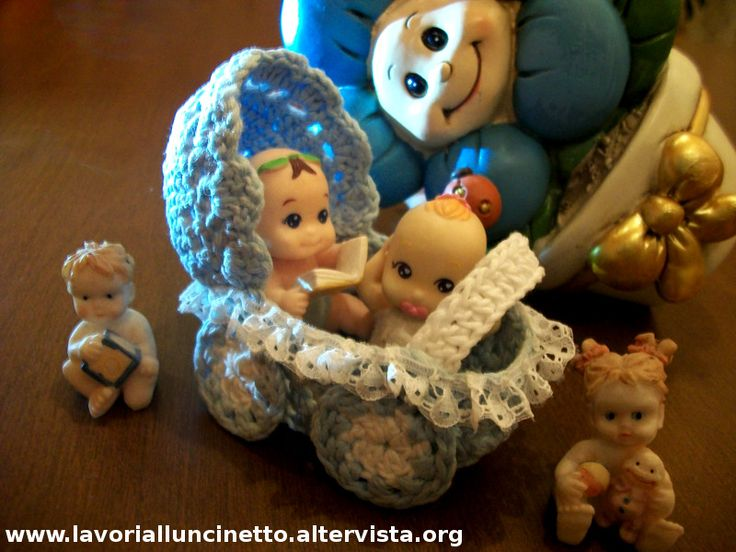 Carrozzina o Passeggino ad uncinetto per Bomboniera Battesimo