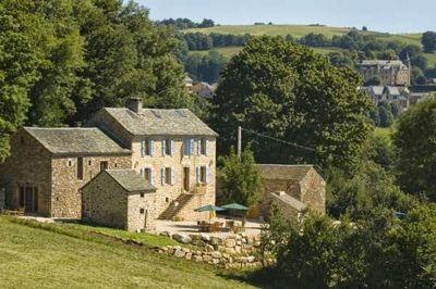 Chambres d'hôtes à vendre à Vezins de Levezou en Aveyron
