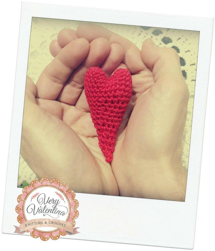 Crochet Custom handmade red Heart, uncinetto cuore rosso fatto a mano personalizzabile. Love. Amore