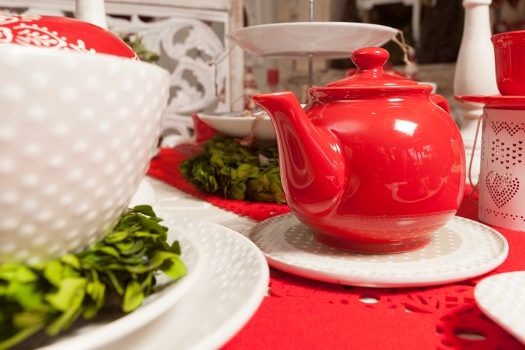 Million Shades of Powerful Colours - Red Teapots perfect for the beginning of Spring - Let the new year of beauty rise!