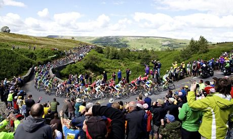 The peloton makes its way up Grinton Moor on the first stage of the Tour from Leeds to Harrogate. Photograph: Shaun Flannery/SWpix.com