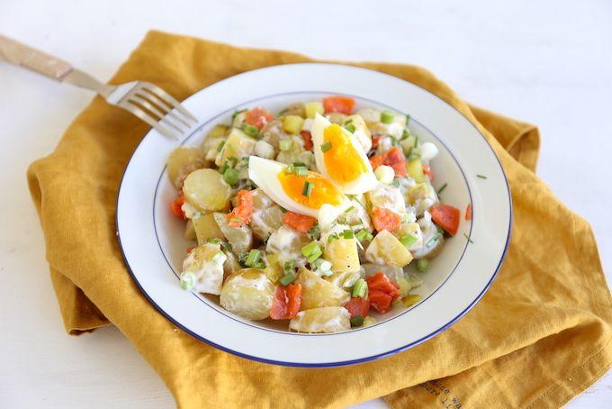 We hebben vandaag een heel lekker recept voor jullie. Namelijk aardappelsalade met onder andere gerookte sockeye zalm. Nu hoor ik je denken: sockeye zalm? De sockeye zalm is één van de meest smaakvolle wilde zalmen die er zijn en ook nog eens super gezond. Ben je benieuwd naar het recept (en een aantal lekkere variaties)?...Lees Meer »
