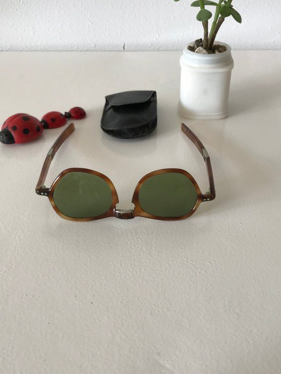 9f434d0a4b Vintage Folding Sunglasses with Case~ Folding Collapsible Vintage ...