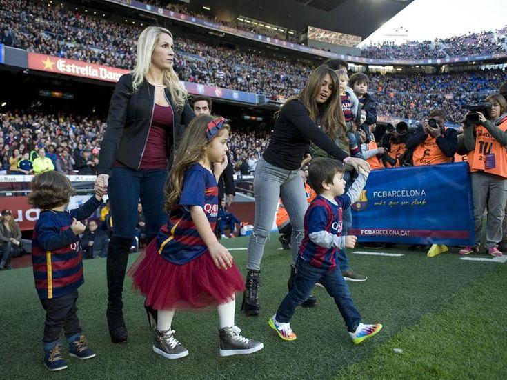 Los hijos de Messi, Piqué y Luis Suárez, presentes en el partido