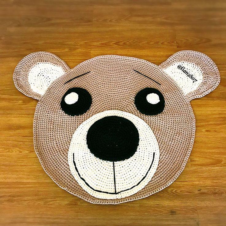 Crocheted bear tyarn rug