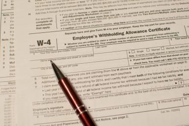 How to Fill Out Form W-4 in 11 Steps