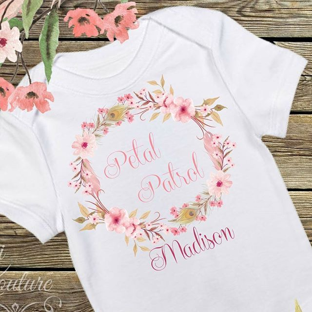 Perfect Shirt for your flower Girl - Flower Girl GiftAre you getting married and not sure what to get your flowergirl??? Check out this adorable Petal Patrol shirt!!! Want it customized for the little sweetie, let is know and we can add her name to it!!! Shirts starting at $16.99 Any questions just send us a DM Reposted Via @rufflesandbowtiebowtique
