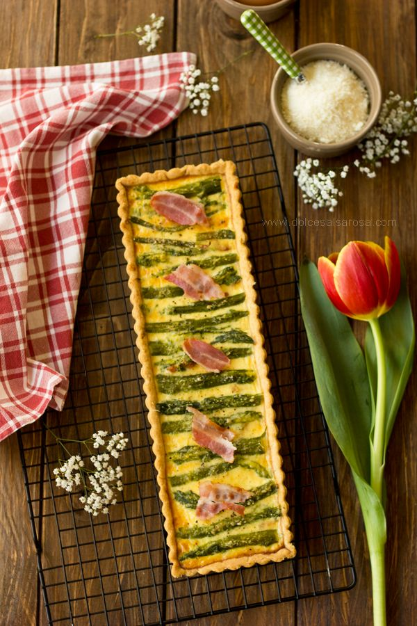 Quiche agli asparagi e pancetta  http://www.dolcesalsarosa.com/2015/04/quiche-agli-asparagi-e-pancetta.html