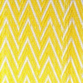 natte africaine plastique zigzag jaune jardin pinterest. Black Bedroom Furniture Sets. Home Design Ideas
