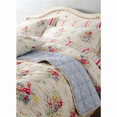65 best cath kidston images on pinterest cath kidston for Cath kidston style bedroom ideas