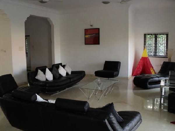 The villa is ground plus two with five bedrooms (attached), living, dining, two bath & toilet, family room and a kitchen fitted by imported designer. The built up area is 650 square meters. For more info contact: allproperty@devant.no #goa #india #villa #property #homes