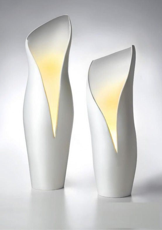 Italian designer T.Menozzi has created lovely collection of ceramic lamps for Mamati.