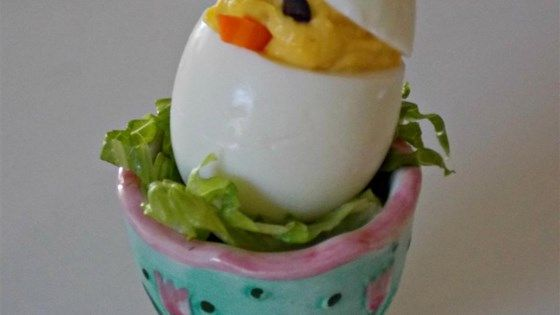 Impress your Easter brunch guests with these adorable 'chick' deviled eggs using this quick and easy deviled egg recipe.