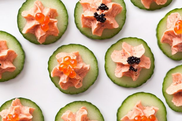 Smoked Salmon on Cucumber with sour cream instead of caviar