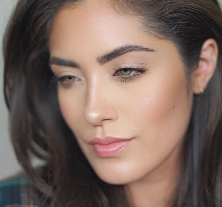 Natural no-makeup makeup look - Melissa Alatorre