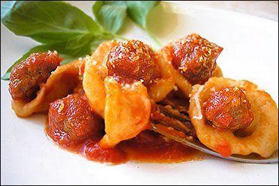 Orecchiette al sugo con palline di carne ~ fiordizucca - cibo, ricette, viaggi, travel, recipes, food, italian and international