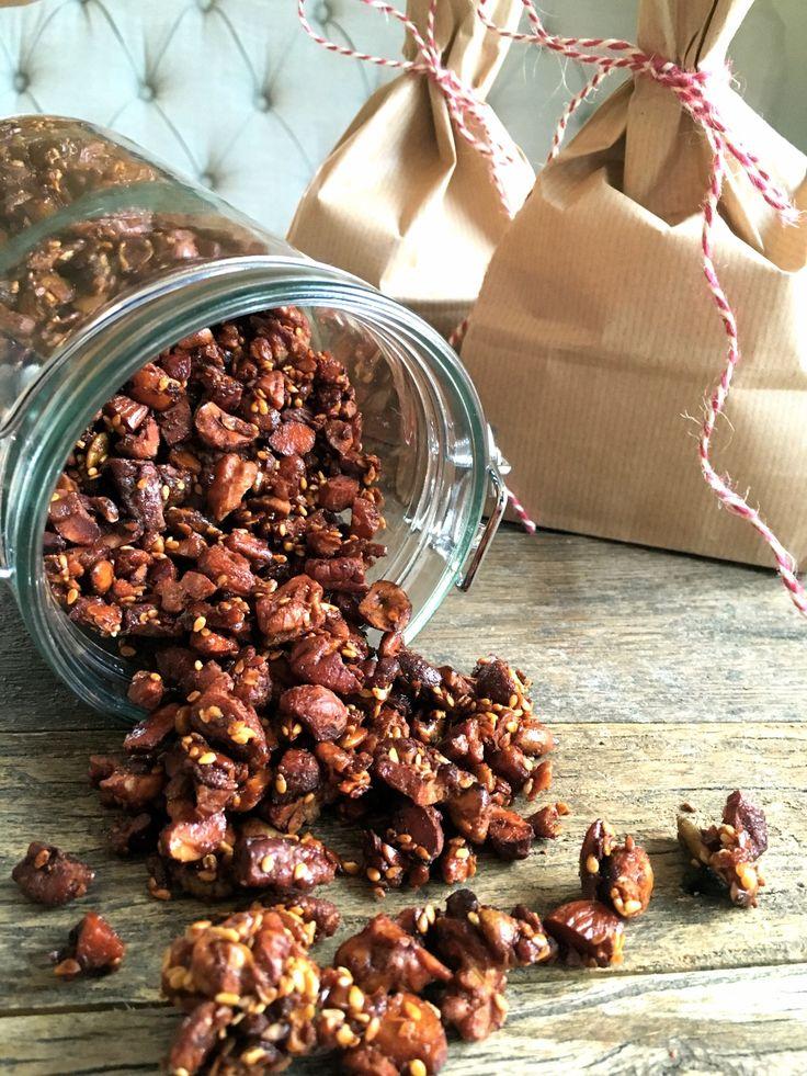 Sukkerfri granola med smak av jul (tinahage)