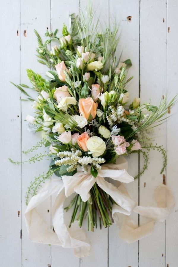 A Stunning Sheath Bridal Bouquet of Country Blooms | Natalie  McNally Photography