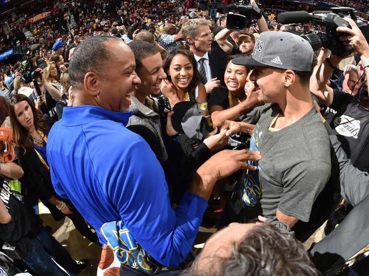 CLEVELAND, OH - JUNE 16: Stephen Curry