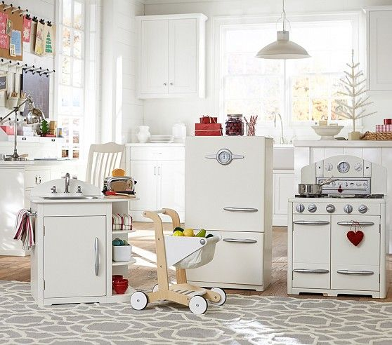 Pottery Barn Play Kitchen: 1000+ Ideas About Pottery Barn Playroom On Pinterest