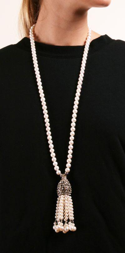 tasseled pearls