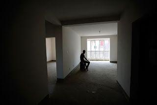 """Sonhando, escrevendo e imaginando: """"Sem móveis, nem tapetes ou mulher, a casa fica va..."""