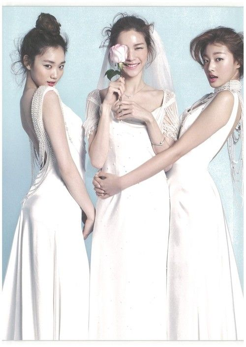 Yoon Sojeong, Choi Ara and Lee Seong Kyeong by Ahn Joo Young for ELLE Bride Korea