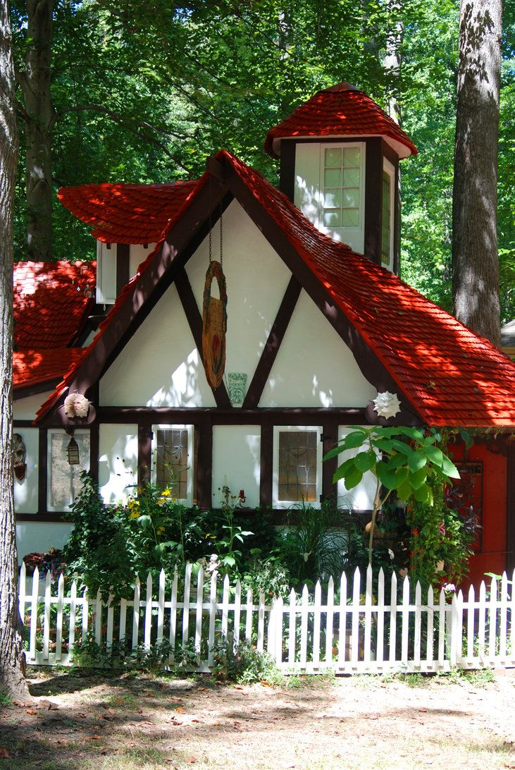 Red roof cottage by ~objekt-stock on deviantART