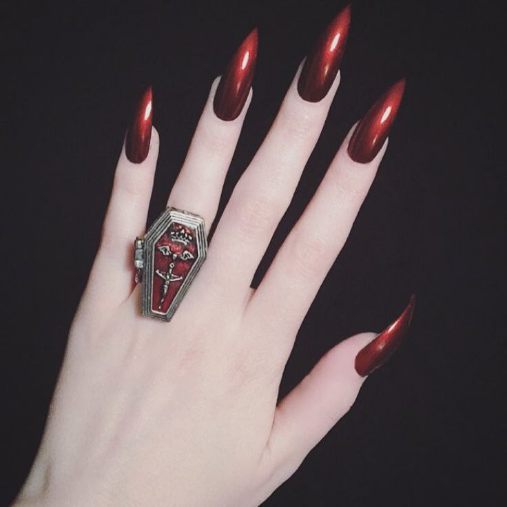 "Creepy Cool Nail Art Inspiration Source Instagram ""I want to hold you close. Soft breath, beating heart. As I whisper in your ear, I wanna fucking tear you apart."