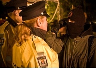 7 Rules for Recording Police - Things you should and shouldn't do when armed with a camera against the police.: Quirky, Freedom, Blog, Recording Police, Rules, Inspirational, Cameras, How To Build