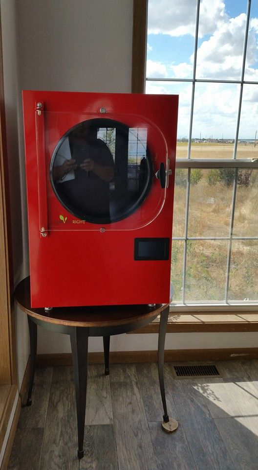 I finally splurged and bought my very own Harvest Right Freeze Dryer. In this post I give a comprehensive review and answer a lot of questions.