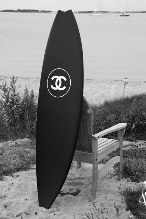 Slick Chanel Surf board: Learning To Surfing, In Style, Chanelsurfboard, Fashion Statement, Surfing Boards, Surfing Up, Surfing Style, Black White, Chanel Surfboard
