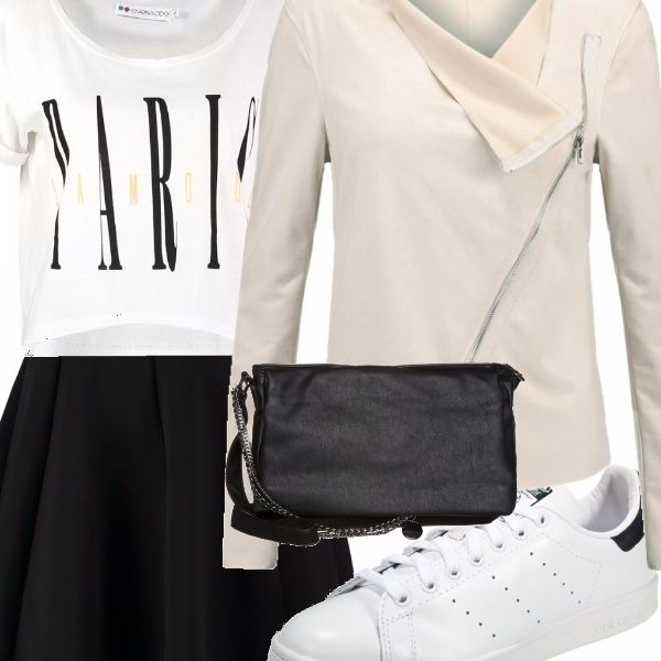 Altro outfit basato sulla moda del momento, ovvero le sneakers total white.  In questo caso le ho abbinate a una mini dalla linea a campana,  una t-shirt con stampa,  borsa a tracolla e giacca in pelle.  Per uno stile adatto anche alla sera.