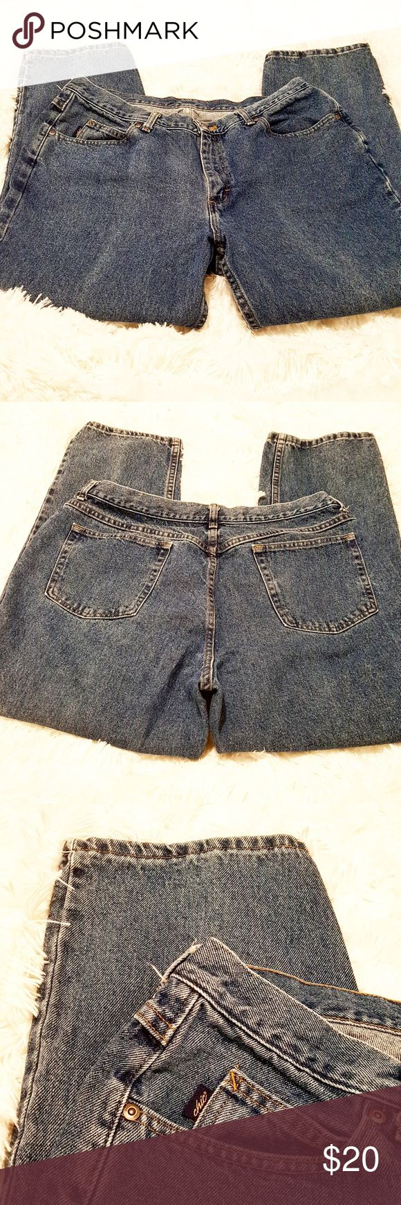 Chic Medium Washed High Waisted Tapered Mom Jeans Chic Medium Washed High Waisted Tapered Mom Jeans Chic Jeans