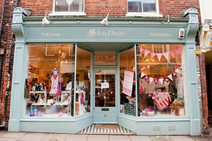 Tienda manualidades en UK. arts and crafts shop