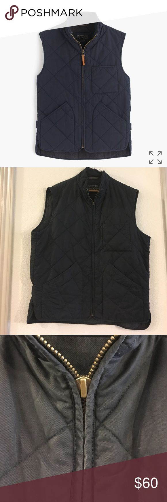 J.Crew men's sussex quilted vest Men's J crew Sussex Quilted vest in vintage navy. This is a great vest for fall/winter. Very durable. The zipper pull is broken and needs replacement. Zipper still works just more cumbersome. Otherwise- in excellent condition with very little sign of wear. J. Crew Jackets & Coats Vests