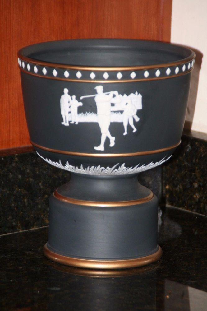 "2008 GOLF TROPHY WEDGWOOD PONTE VEDRA FLORIDA TORREY PINES 2008 MEMBER GUEST. 10"" tall."