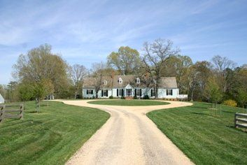 Circular driveway on a country estate